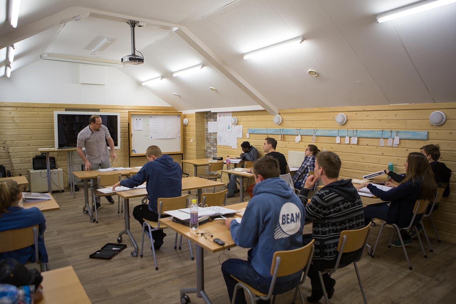 Bijbelschool Foundation 4 Life – Programma lesweken